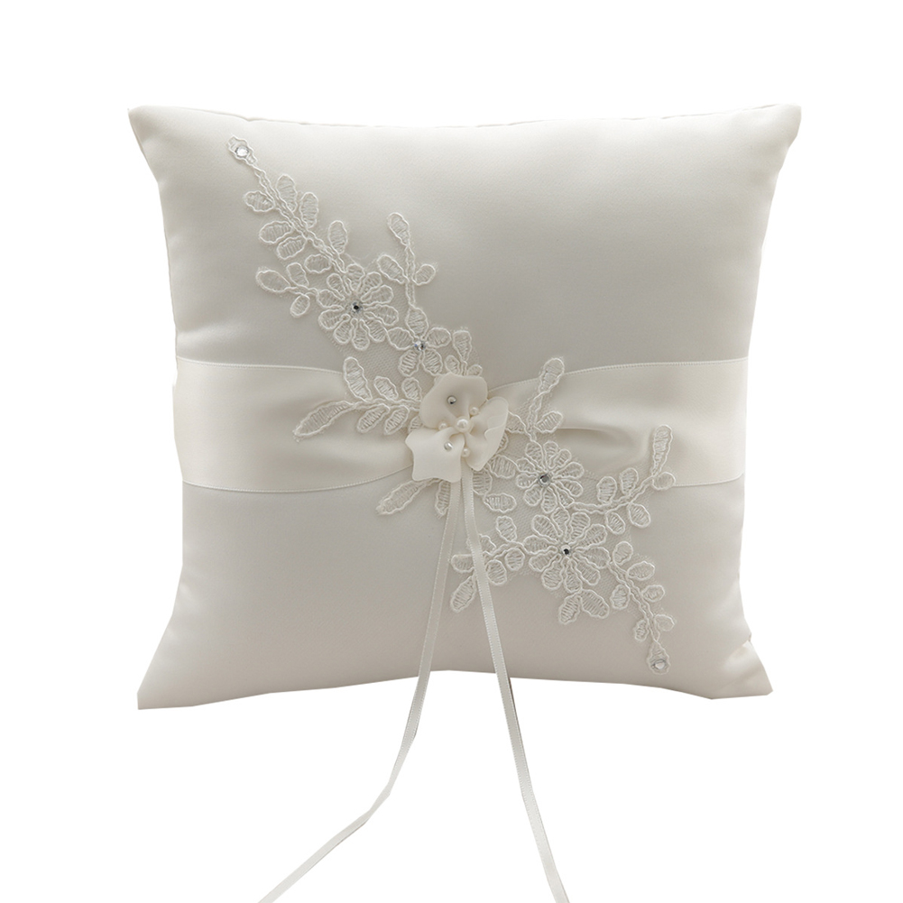 Cushion European Marriage Wedding Ceremony Classic Romantic Applique Flower Bearer Bride Satin Ribbon Ring Pillow Engagement
