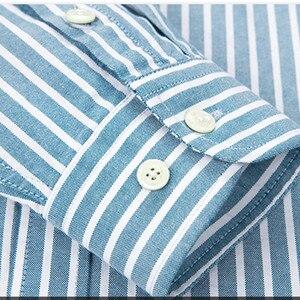 Image 5 - 100% coton Oxford hommes chemises de haute qualité rayé affaires décontracté doux robe chemises sociales coupe régulière homme chemise grande taille 8XL