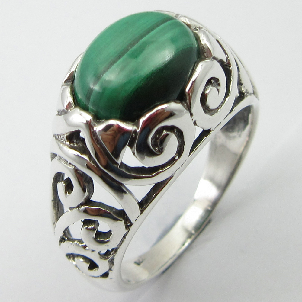Solid Silver Collectible Gem Stone Jewelry Oval Malachite Ring Size 8.75 Unique Designed