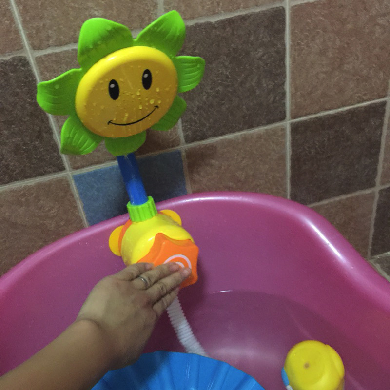 Baby Funny Water Game Bath Toy Sunflower Shower Faucet Baby Bath Spout Play Swimming Bathroom Toys Random Color
