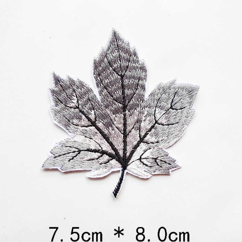 Hot Melt 24 colori Del Fiore Ricamato Maple Leaf Applique lascia Distintivi e Simboli di Ferro Sulla Patch per I Vestiti Da Cucire Artigianato Jeans Decorazione