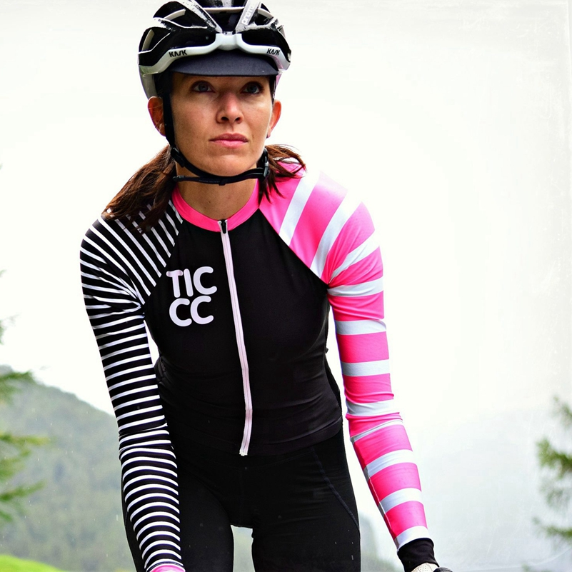 Prix pour Ce est cambridge vélo Jersey pour les femmes 2017 vélo tops d'été léger respirant vitesse d'équitation vtt et vélo de route usure