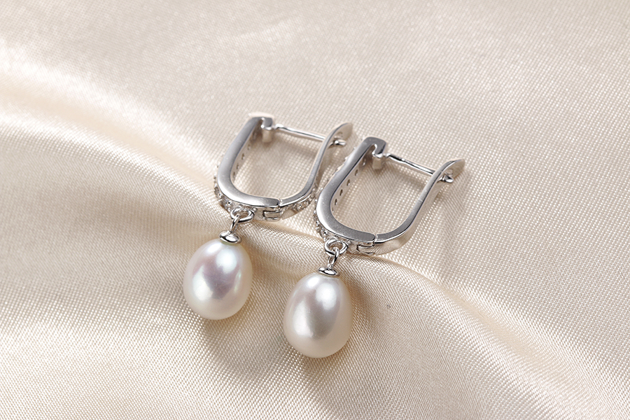 HTB1x1pWe8OD3KVjSZFFq6An9pXay - Women Freshwater Pearl Earrings Zircon Fashion 925 Sterling Silver Drop Earring White Real Pearl Wedding  Jewelry With Box