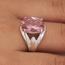 Huitan Old Wedding Women Ring With Pretty Pink Cubic Zircon Silver Plated Vintage Engagement Factory Direct Sale Hot