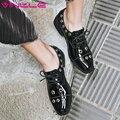 Vinlle 2017 bombas de las mujeres de las señoras sólidas del zapato punta estrecha square Remache de Cuero de LA PU de Tacón bajo Mocasines Mujer Zapatos de Boda del Tamaño 34-39