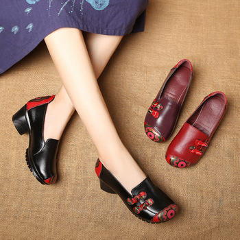 Spring New Folk Style Shoes for Middle-aged and Elderly Mothers with Thick Heel Mixed Color Square Dance Shoes