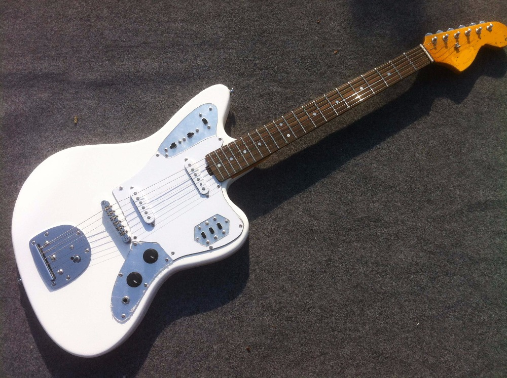 Free Shipping High Quality White Mustang electric guitar Guitarra all color Accept human free shipping new guitarra ricken