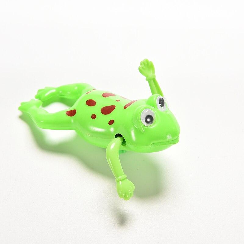 Милая игрушка Wind-Up Плавание лягушки детские игрушки Одежда заплыва лягушка Батарея работает бильярдный bathrandom Цвет