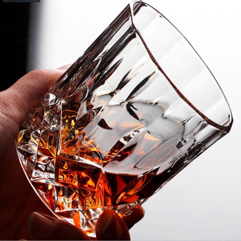 1 Uds. Vaso de vino de whisky sin plomo de alta capacidad de cerveza copas de vino para bar Hotel Drinkware marca Vaso Copos 2019 estilo chino superventas luces decorativas de alta vendimia lámpara de queroseno de cristal de cerámica china candelabros de Camping hogar