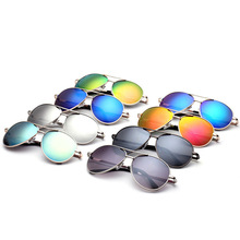 купить XIWANG Children Oval Sunglasses 2019 New Fashion 8 Color One Piece Oval Frame Sunglasses Boys Girls Outdoor Fashion Sun Glasses по цене 607.69 рублей