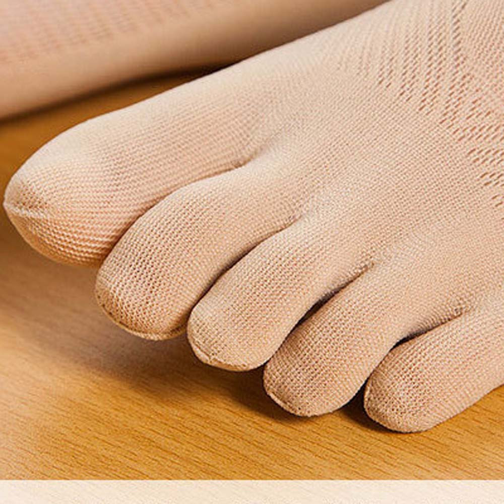 One Size Invisible Toe Socks Made With Cotton And Spandex Material For Daily Use 1