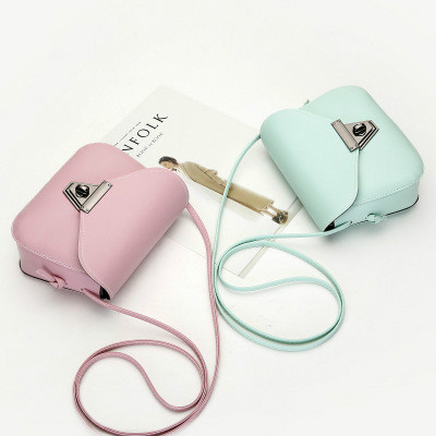 11 Colors New Crossbody bags for women Small Side Of Mini Mobile Phone Messenger Bag Triangle buckle Women Bags Shoulder Bags 3