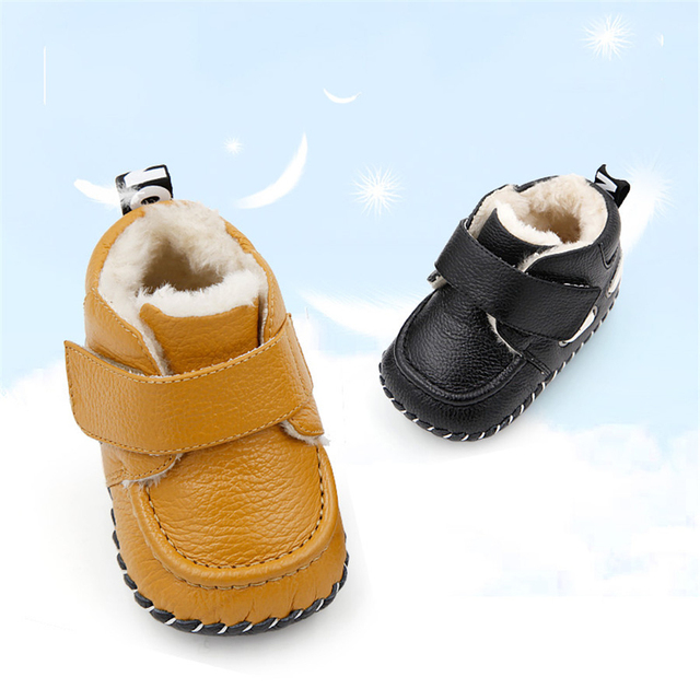 2017 Baby First Walker Shoes Winter Newborns New Year Babies Toddler Warm Vestido Babe New Light Winter Boy Footwear 70A1011