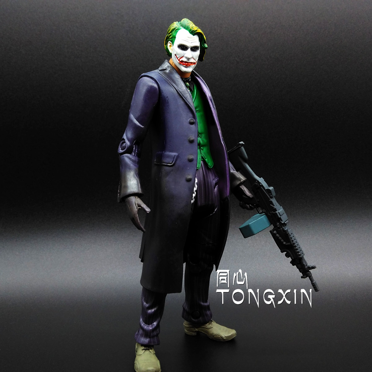 где купить SAINTGI Batman Suicide Squad Dark Knight Rises Joker Doll DC Super Heroes PVC 16CM Action Figure Collection Model Kids Toys 629 по лучшей цене