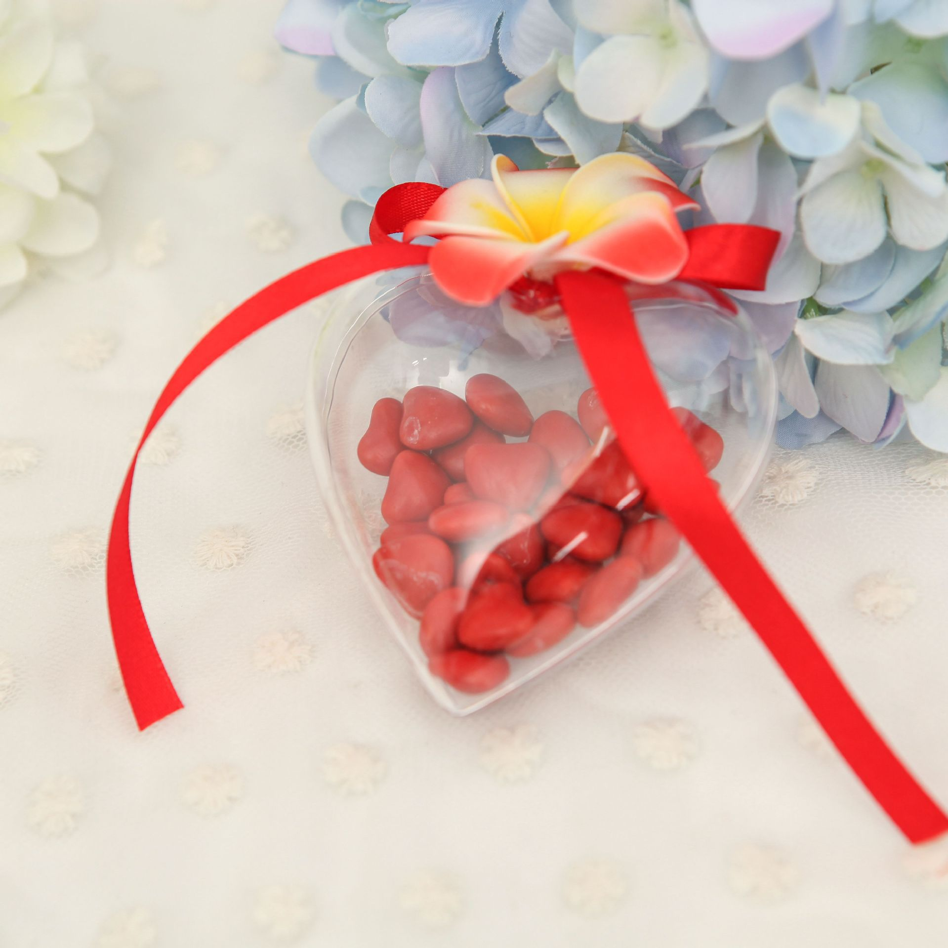 Clear plastic ornaments - 5pcs Plastic Clear Hanging Ball Bauble Candy Ornament Xmas Tree Decor Clear Plastic Heart Shape Ball