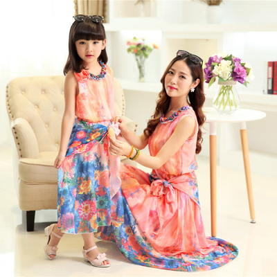 Parent child outfit and summer chiffon dress of the girls Bohemian dress of the beach
