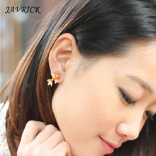 цена на Cute Vivid Tiny Goldfish Stud Earrings For Women Fashion Jewelry
