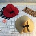 Осень Зима женская Мода шляпы Брим Бантом твердые Войлочная шапка, шапки Женщины Теплый Ретро дамы Шляпы красочные королевский Леди женщина шляпы
