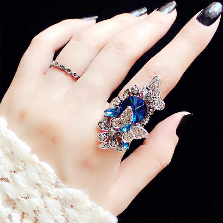 2pcs/set European Index Finger Wedding Rings Female Court Vintage Big Gem Crystal Butterfly Rings for Women Luxury Jewelry J9321