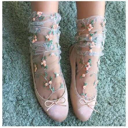 Women's Lovely Embroidery Flowers Socks.Lolita Ladies Girl's Transparent Lace Mesh Floral Socks Hosiery Gauze Sox.2Color