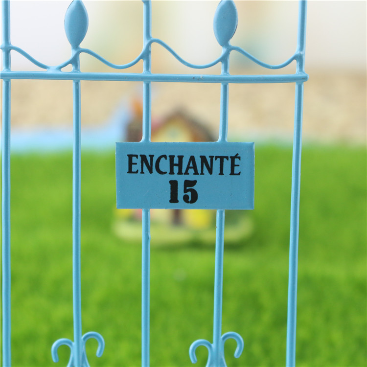 Mini iron fence /Gate/ Fairy garden/DIY material/bonsai/terraium decoration/resin crafts/lovers/children gifts/