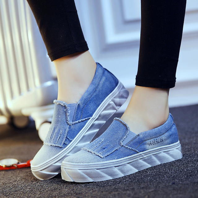bb636356ee720 Autumn Winter NEW Fashion Europe US Tide Women Casual Jean Denim Shoes blue  Sewing Low side student flat Muffin bottom baba shoe