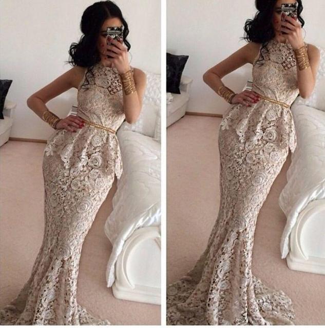 Model de robe de soiree en tissu