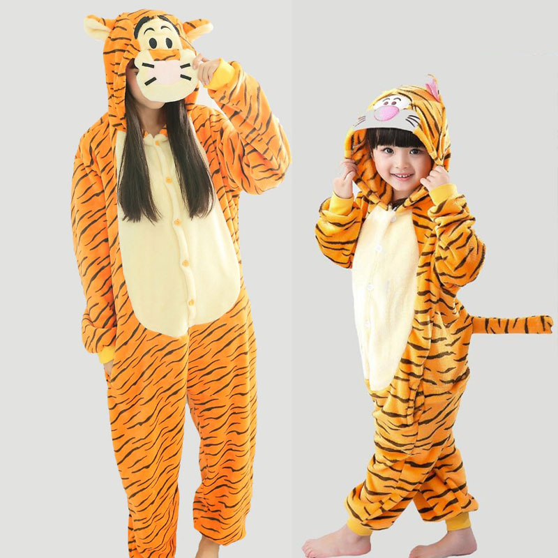 Winter Flannel Women Mother Daughter Family Pajamas Sets Adults Animal Tigger Pijama Feminino Home Clothing TC004