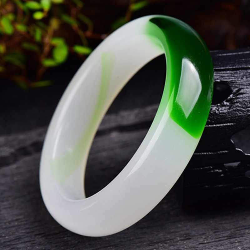 AAA รุ่นกว้างกำไลข้อมือสีเขียวจีนหยกมือแกะสลักสร้อยข้อมือ 58mm-64mm KYY8757