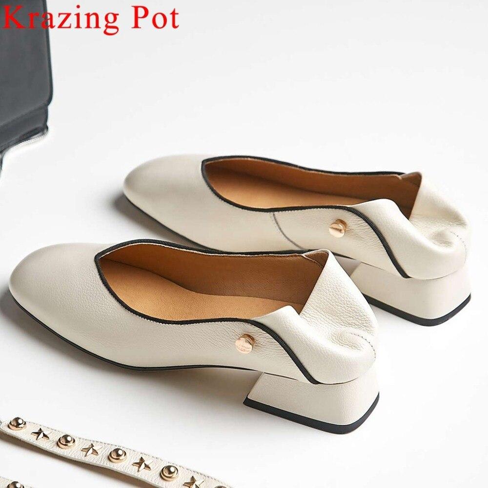 2019 estilo británico remaches de metal decoración de deslizamiento en bombas de cuero genuino vintage cuadrado del dedo del pie plus tamaño popular zapatos de abuela L5f6-in Zapatos de tacón de mujer from zapatos    1