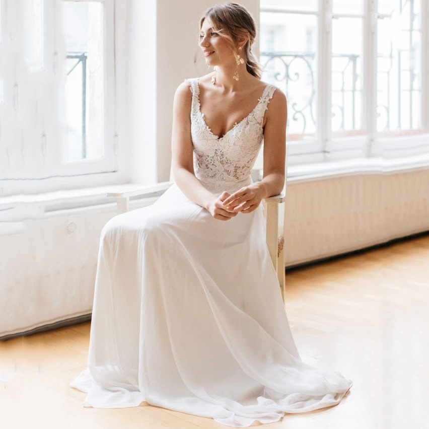 Chiffon A Line <font><b>Wedding</b></font> <font><b>Dresses</b></font> <font><b>2019</b></font> <font><b>Sexy</b></font> V Neck <font><b>Backless</b></font> <font><b>Boho</b></font> <font><b>Wedding</b></font> <font><b>Dress</b></font> Appliques Lace Top Bridal <font><b>Dresses</b></font> vestidos de novia image