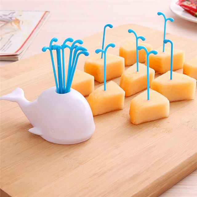 LS4G Frasco Spray de Frutas Vegetais Ferramentas Design Criativo Baleia Branca Mesa de Frutas Pick Decoração Da Cozinha Acessórios de Cozinha Ferramenta