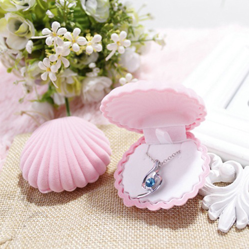 Lovely Jewelry Gift Box Shell Shape Velvet Portable Wedding Engagement Ring Storage For Earring Necklace Bracelet Display Holder