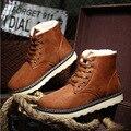 2017 Otoño y El Invierno Nueva Tendencia de La Moda de Zapatos de Invierno Casual Masculina de terciopelo Botas Cortas Estilo Coreano Del Todo-Fósforo de Encaje antideslizante de arranque