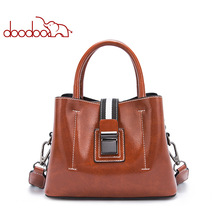 Classical Business/OL Women Casual Totes with High Quality Hardware Lock Vintage Female Leather Hand Bag Stripe Shoulder Bag Red