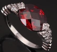 Luxurious Oval Edd Form Gems Red Garnet 925 Sterling Silver Women's Fashion Jewelry For Women Rings Size 6 7 8 9 S0131
