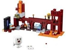 Детская игрушка китай бренда 393 самоконтрящаяся кирпичи совместимые с Lego 21122 пустоты крепость не оригинальная коробка