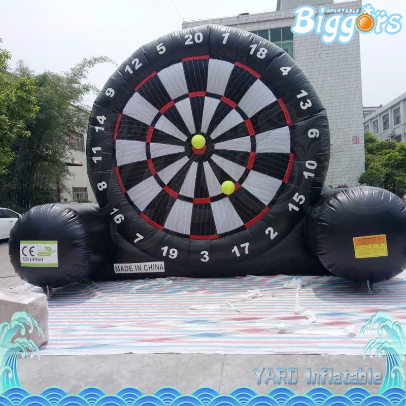 Funny Large Inflatable Soccer Dart Game With Sticky Ball Inflatable Football Darts  For Sale 6 5ft diameter inflatable beach ball helium balloon for advertisement