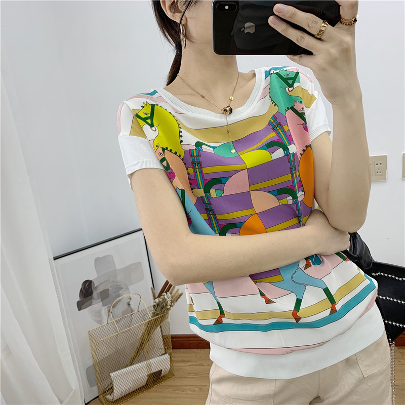 The new spring summer 2019 women s clothing collar collapse rotator cuff color horse printed silk