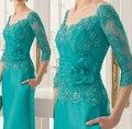 2017 Mãe Da Noiva Vestidos Bainha V-neck Mangas Meia Lace Flores Turquesa Mãe Vestidos Vestidos de Noite Para Casamentos
