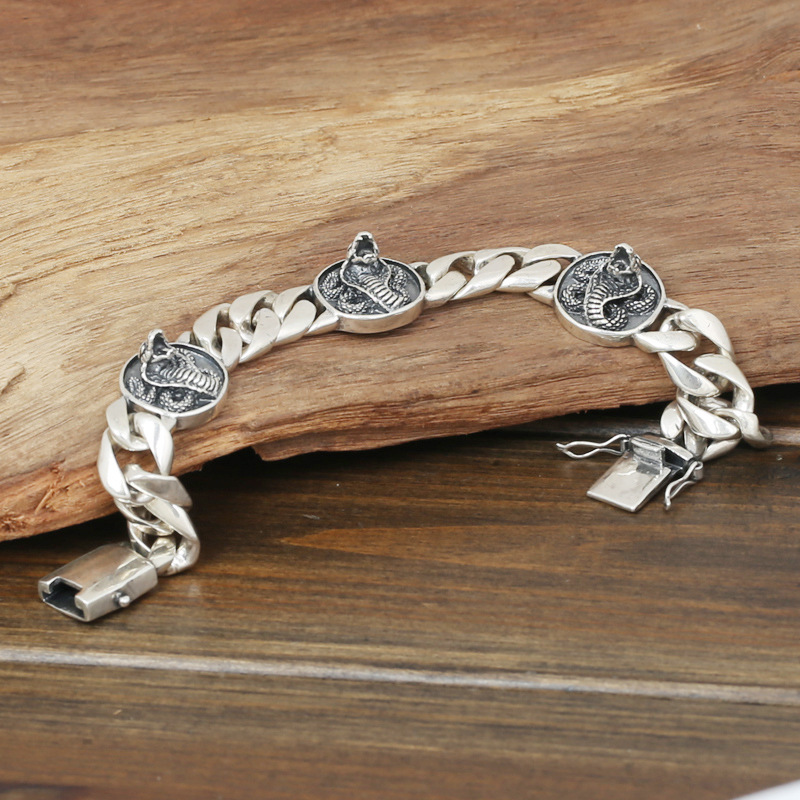 Factory Wholesale S925 Sterling Silver Jewelry Men's Fashion Silver Handmade Retro Thai Silver Eye King Snake Bracelet wholesale s925 sterling silver jewelry men fashion handmade retro thai silver original ring buckle bracelet