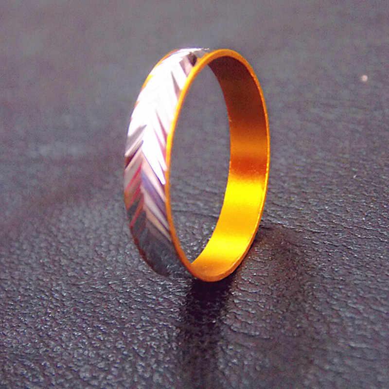Clásico simple moda sección delgada anillo de titanio estrecho plata/anillo de oro modelos de hombres y mujeres anillo de boda geometría cola anillo