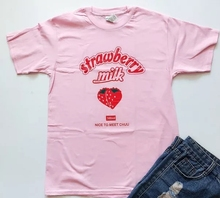 Kawaii Strawberry Female's Tops Short Sleeved Pink Graphic Cotton Tees  Grunge Tumblr t Shirt