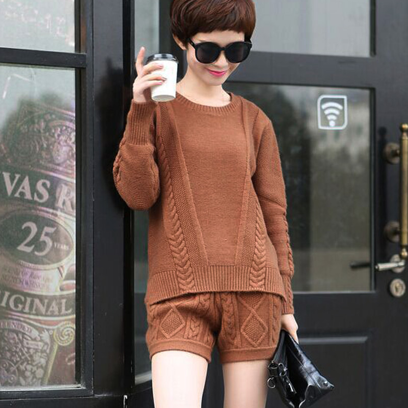2017 New Arrival Blends Full 2017 Spring New Women Set Of Knitted Cashmere Irregular Long-sleeved Sweater + Shorts Two Sets