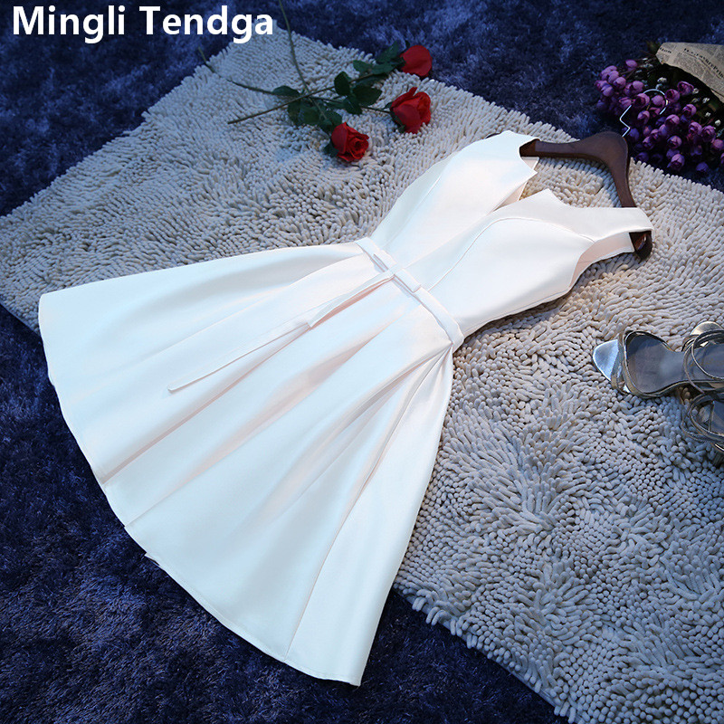 Mingli Tengda 2018 White Elegant Satin   Bridesmaid     Dresses   Short V Neck   Bridesmaid     Dress   Plus Size A- Line Wedding Party   Dress