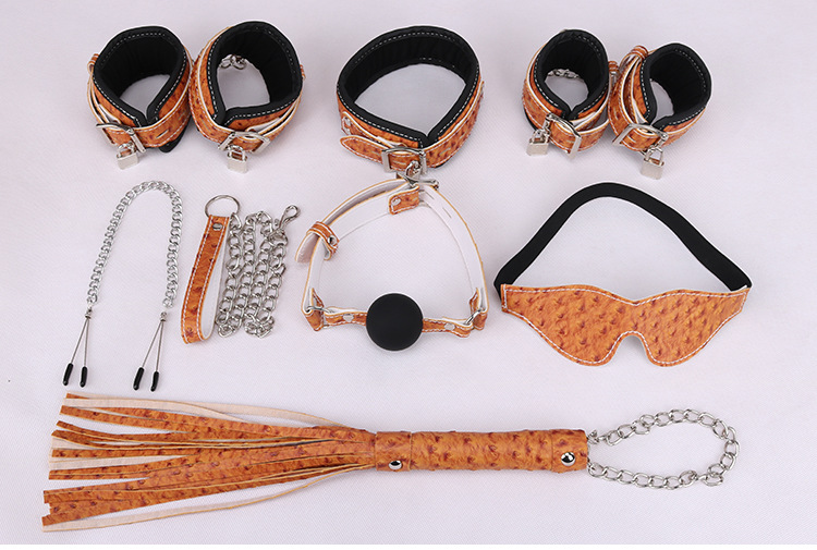 Adult Games Erotic Toys for Sex Couple Slave Open Mouth Gag Bdsm Collar Fetish Mask Pu Leather Hand Cuffs Whips Nipple Clamps