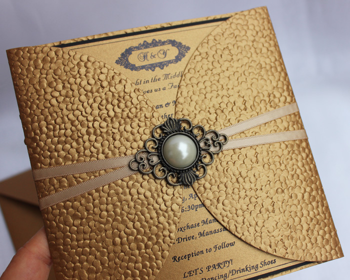Hi7006 Perfect Embossed Dark Gold Wedding Invitation Card