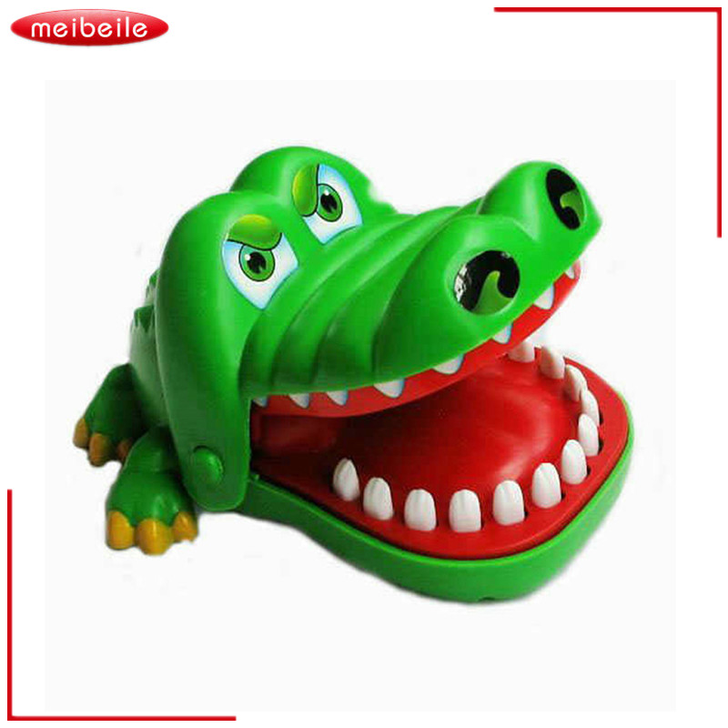New Cute Large Size Classic Tooth Crocodile Mouth Dentist Bite Finger Game Funny Toy