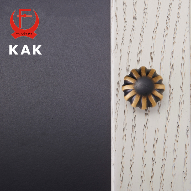KAK New Design Pure Copper Solid Knobs Little Daisy Cupboard Drawer Pulls Wardrobe Door Handles With Screws Furniture Hardware