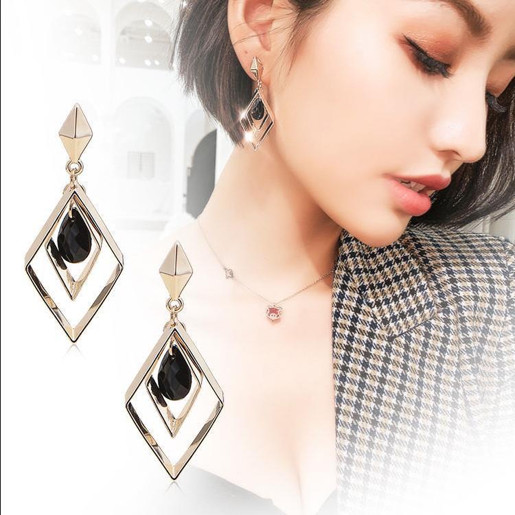 S925 silver needle geometric earrings European and American socialite temperament simple personality joker long earrings in Stud Earrings from Jewelry Accessories